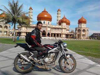Cecen Core di Masjid Agung Meulaboh