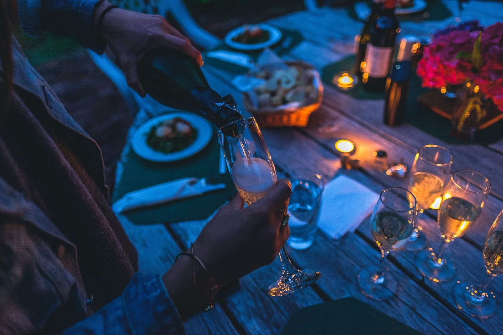 Dinner Party Entertainment Ideas Part - 50: Take Pleasure In Putting Together A Theme, A Delicious Menu And Even Some Dinner  Party Entertainment So That Your Guests Feel As Though Theyu0027ve Had A Truly  ...