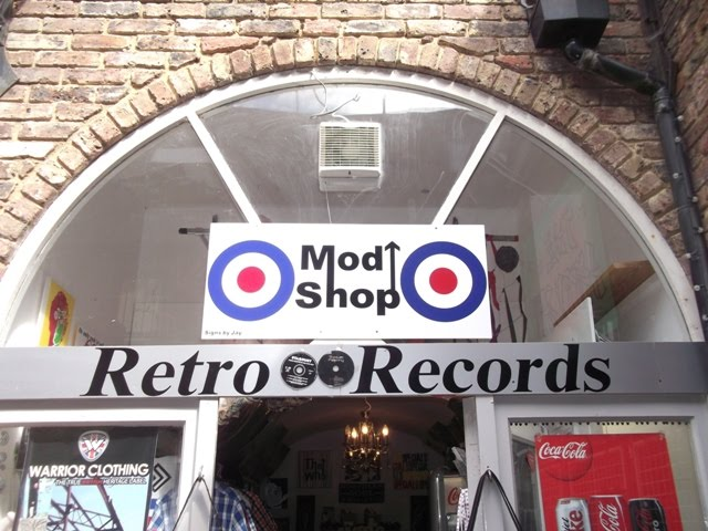 Retro Shop In Hastings Town Westhill Arcade George: RETRO RECORDS AND MOD SHOP