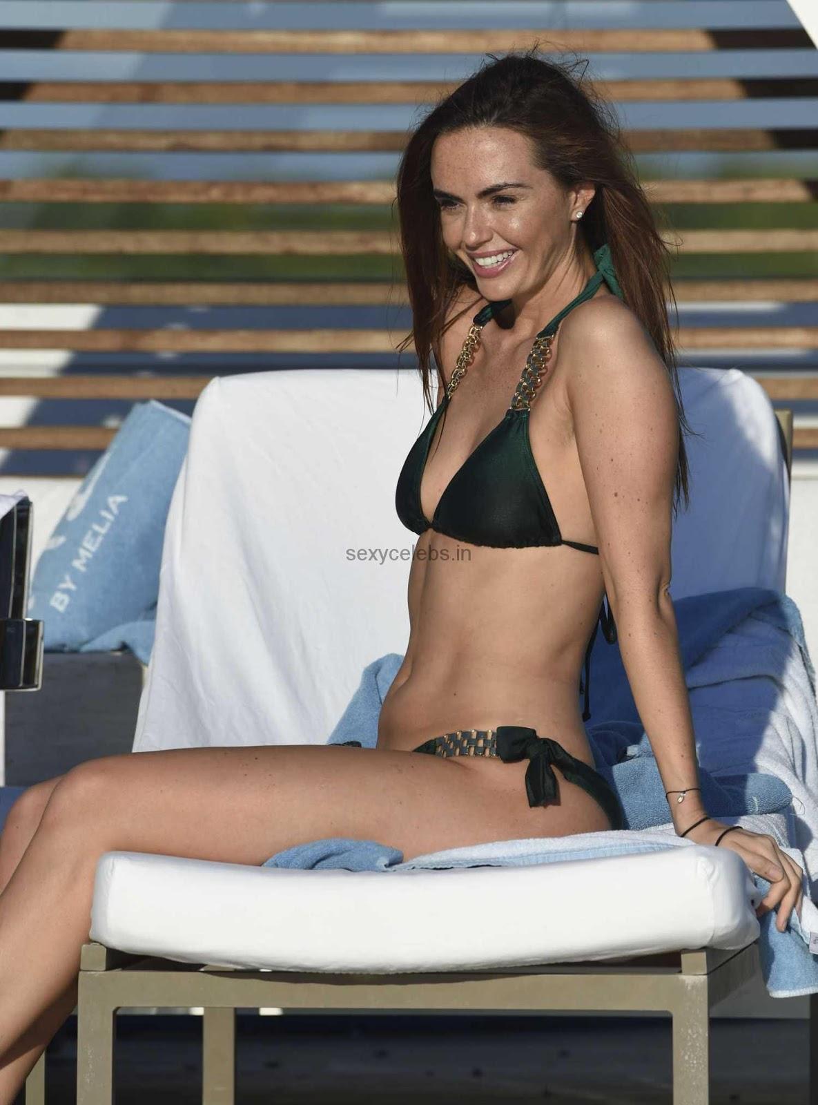 Jennifer-Metcalfe-in-Bikini-401.jpg