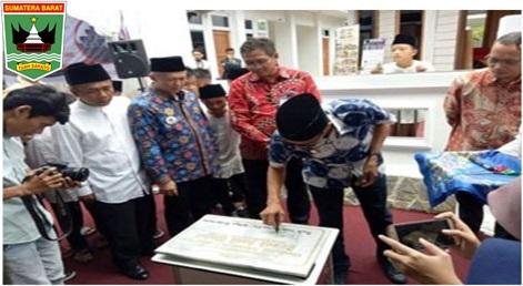Gubernur Irwan Prayitno :Banyak Tokoh Nasional Minang Yang Sukses Melalui Pendidikan Surau.