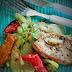 Schab z rozmarynem pieczony na warzywach (jednogarnkowe)