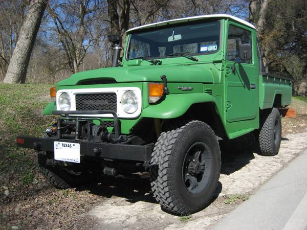 1985 Toyota Land Cruiser HJ45 Pickup
