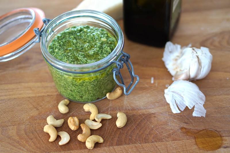 Rucola-Cashew Pesto