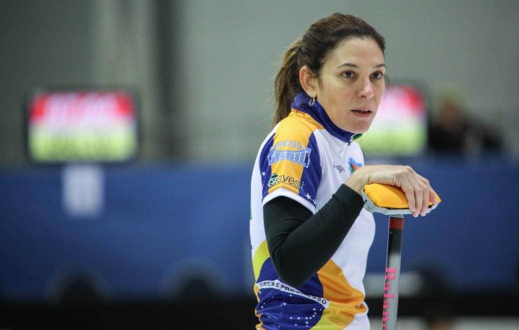 Mesmo sem vaga, brasileiras seguem fazendo história no Curling