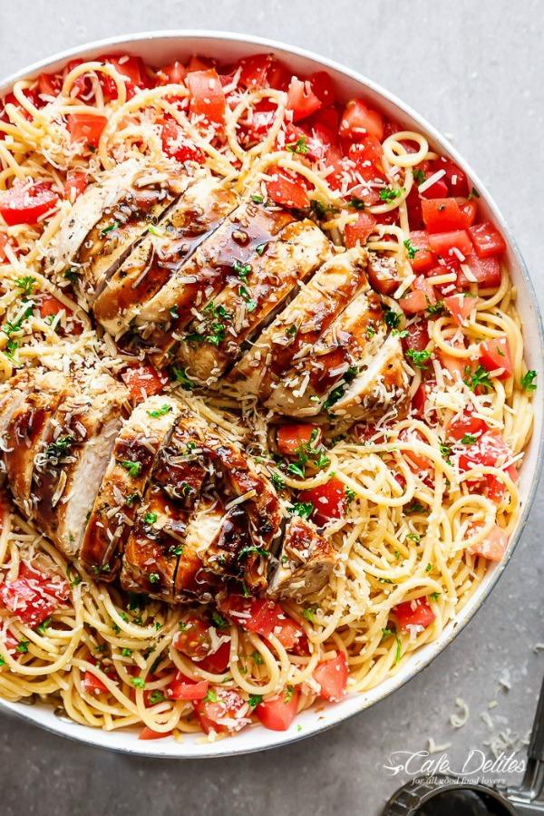 Bruschetta Chicken Pasta from Cafe Delites