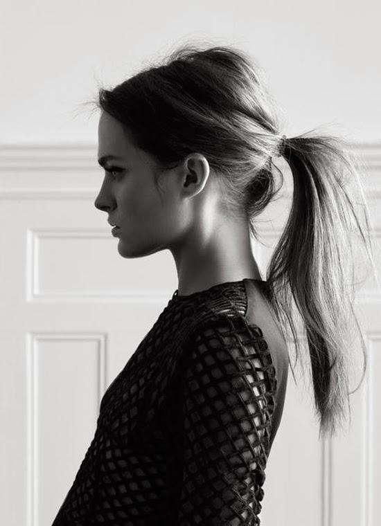girls with ponytail via belle vivir blog