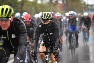https://www.greenedgecycling.com/news/wet-and-miserable-stage-five-at-the-giro-d-italia