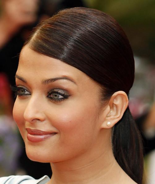 Resultado de imagen de hairstyle aishwarya rai