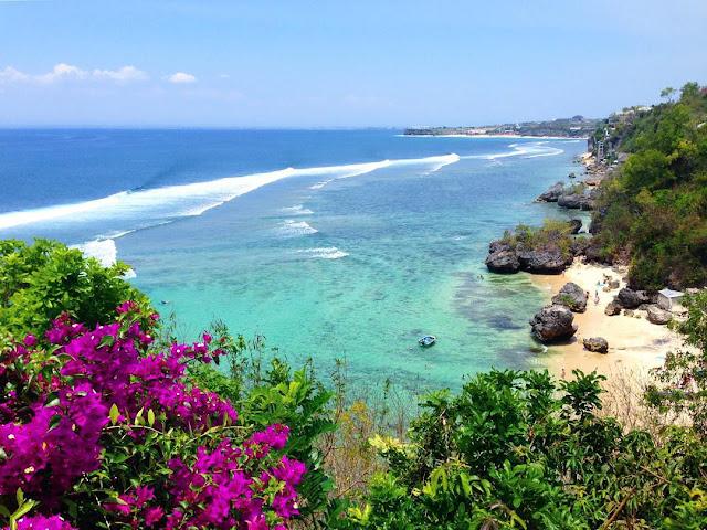 Pantai Padang Padang Bali, Inilah Lokasi Syuting Film Eat Pray Love