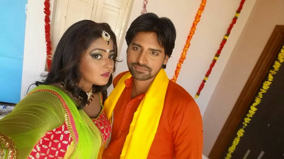 Rakesh Mishra, Anjana Singh ON Set of Dil Hai Ki Manta Nahi  Bhojpuri Film Shooting photo