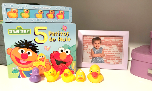 Sesame Street: 5 Patitos de Hule - Book Review