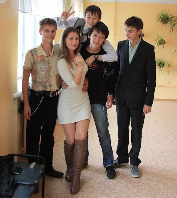 julia dmitrieva, nauczycielka