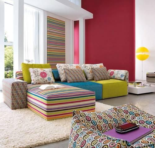 Resultado de imagem para decoração com sofá colorido