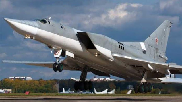 Cazas rusos destruyen planta de fabricación de armas químicas de Daesh