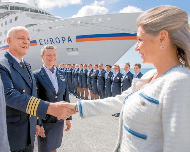 Hapag-Lloyd Kreuzfahrten (C) HL Cruises