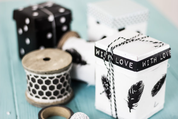 Upcycling: Aus alten Milchkartons werden hübsche Schachteln mit Deckel