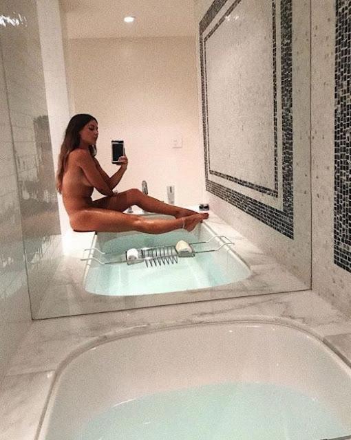 Louise Thompson boob, Nude, Nipslip, Topless Photo