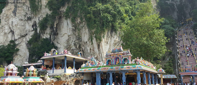 How to go to Batu Caves from KL central