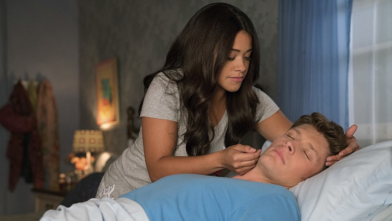 Gina Rodriguez Brett Dier Jane Villanueva Michael Cordero Jr season 3 Jane The Virgin