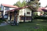 villa i1no4 2 kamar buat keluarga ada halamanya