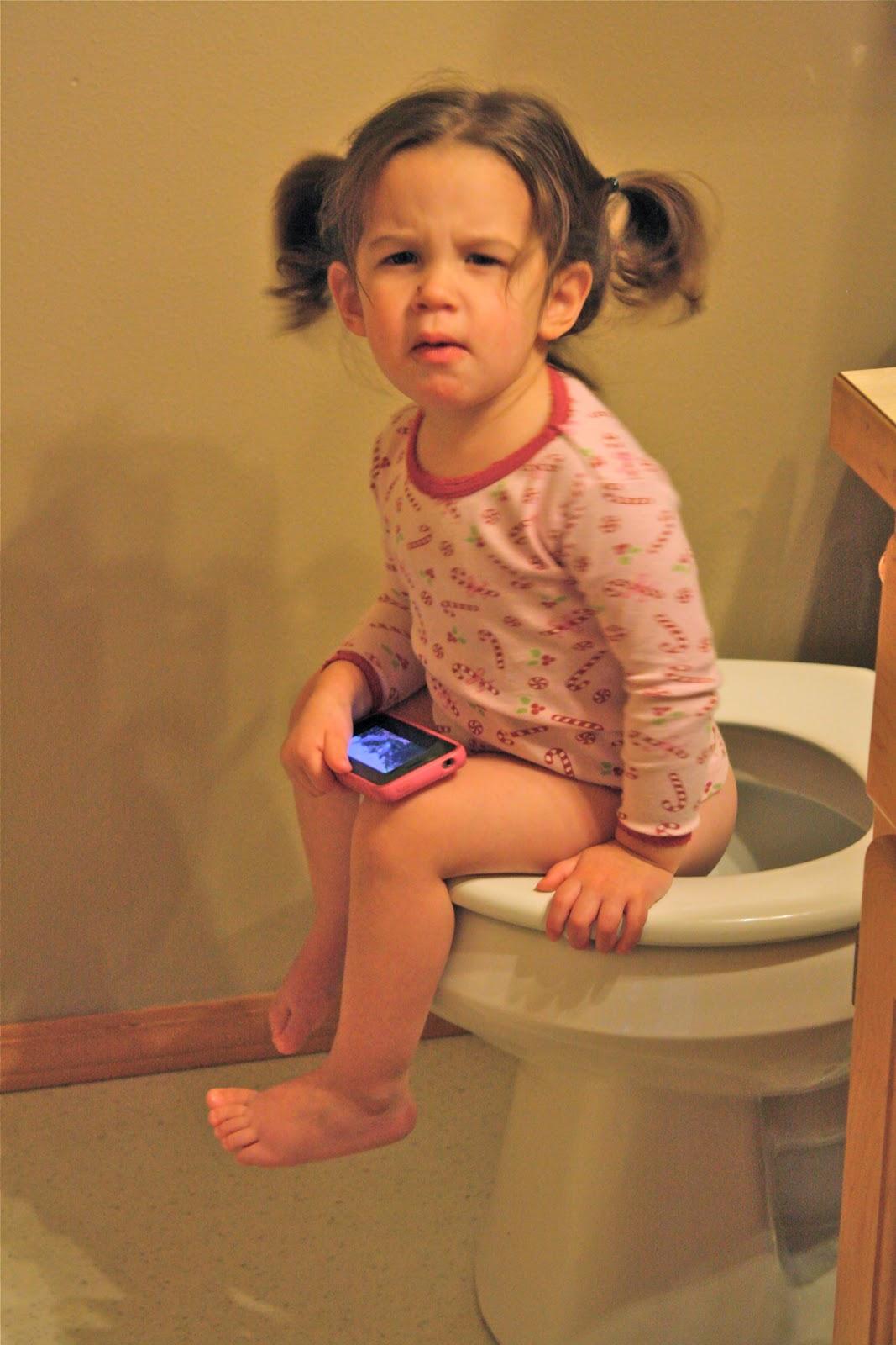 Little Girl Potty Training Boys | newhairstylesformen2014.com