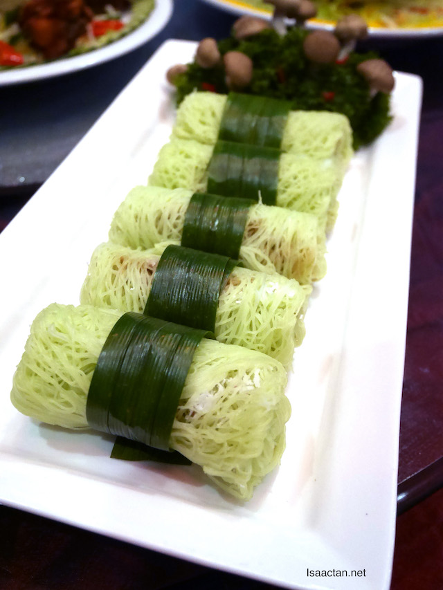 Traditional Putu Mayam Roll (RM10++ per serving of 5 pcs)