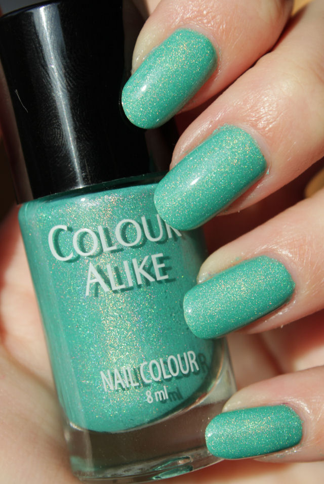 http://lacquediction.blogspot.de/2015/02/colour-alike-pastel-holo-collection.html