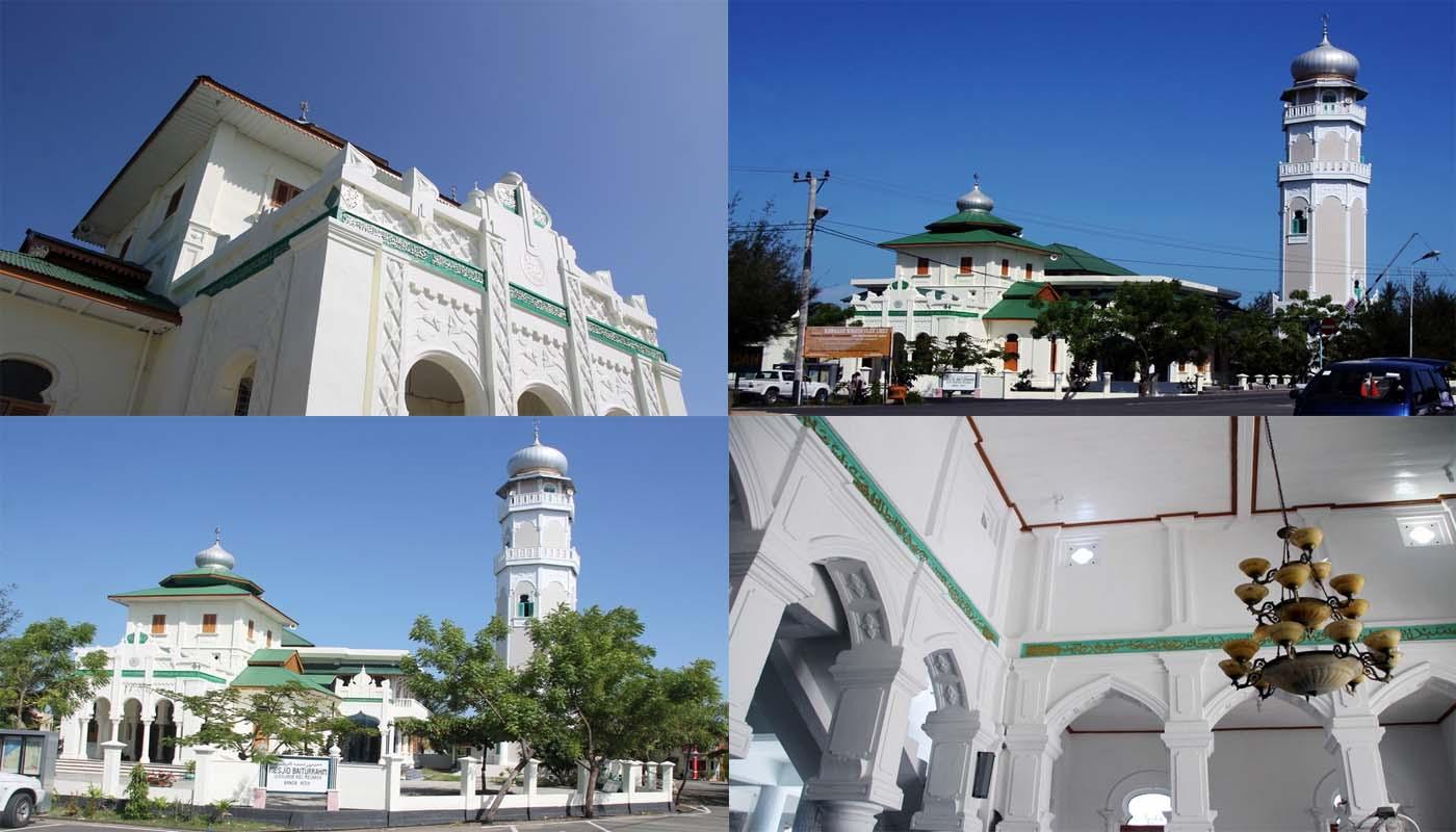 Suasana di Masjid Baiturrahim