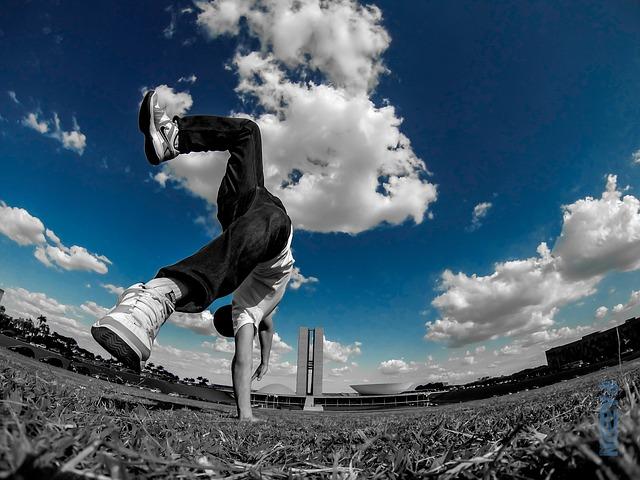 Cara Melakukan Lompatan Backflip
