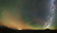 http://earthspacecircle.blogspot.co.uk/2014/03/airglow-gegenschein-and-milky-way-galaxy.html