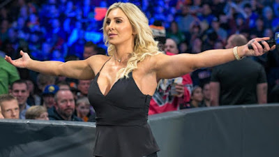 Charlotte WWE Flair MITB Lynch Becky WWE