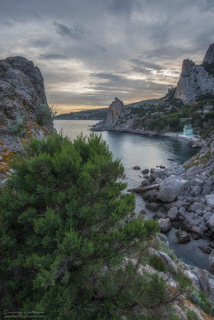 Вид со скалы Диво. Симеиз, Крым.