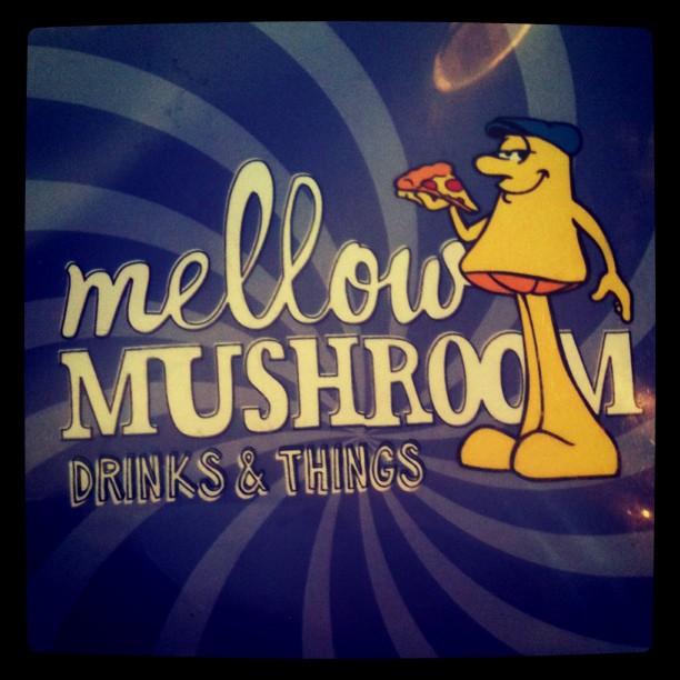 A Bit Of Sparklefarkle: {Friend Hangover & Mellow Mushroom}