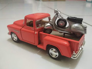 Miniatur Mobil Antik Chevy 3100 pick up 1955