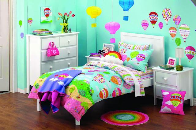 Minimalist Girls' Bedroom Designs