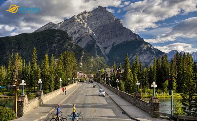 Những địa điểm đẹp quên lối về khi du lịch Canada1
