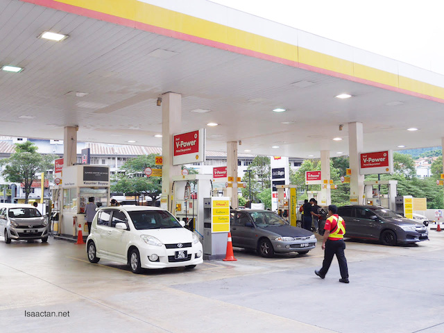 Pump your petrol at Shell, collect points via BonusLink
