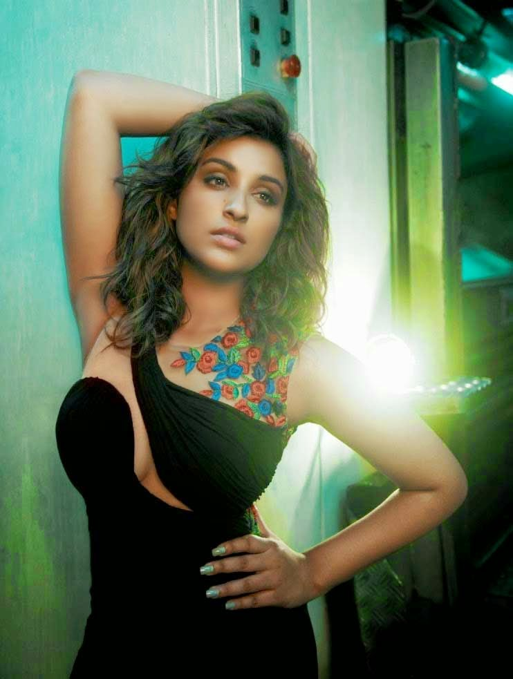 Sexy Parineeti Chopra in Femina India Magazine