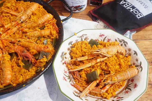 Paella de marisco o paella mixta
