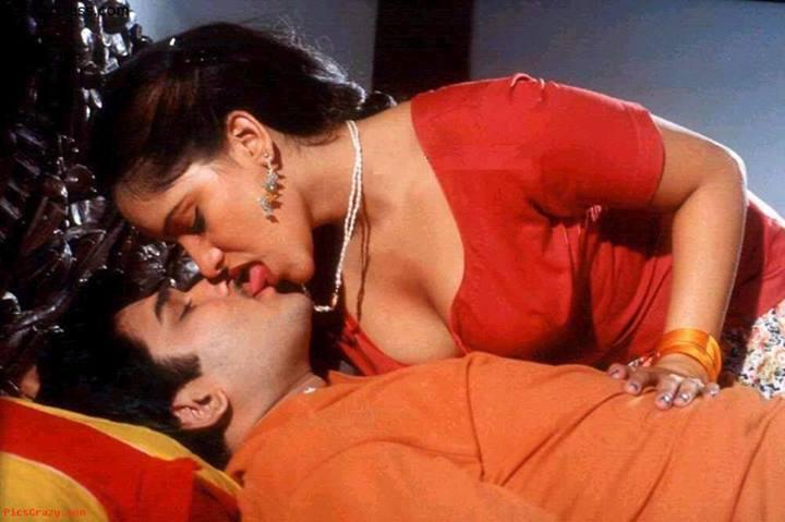 Indian Bhabhi Kissing Hot Nude Pics  Hot Teen Fucked Hard