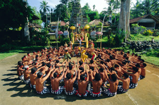 Pola Lantai Pada Tari Tradisional Indonesia