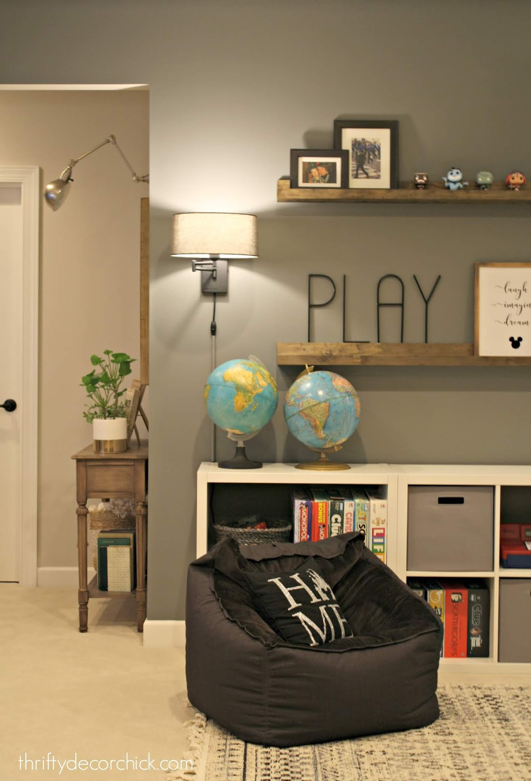 DIY picture ledge shelves for displaying decor