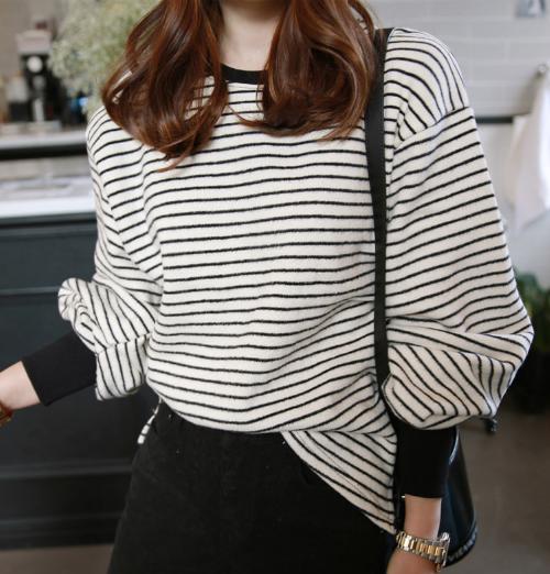 Fleece-Lined Stripe Pattern Top