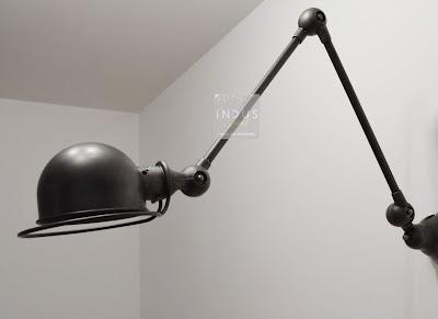 Lampe articulée industrielle Jielde