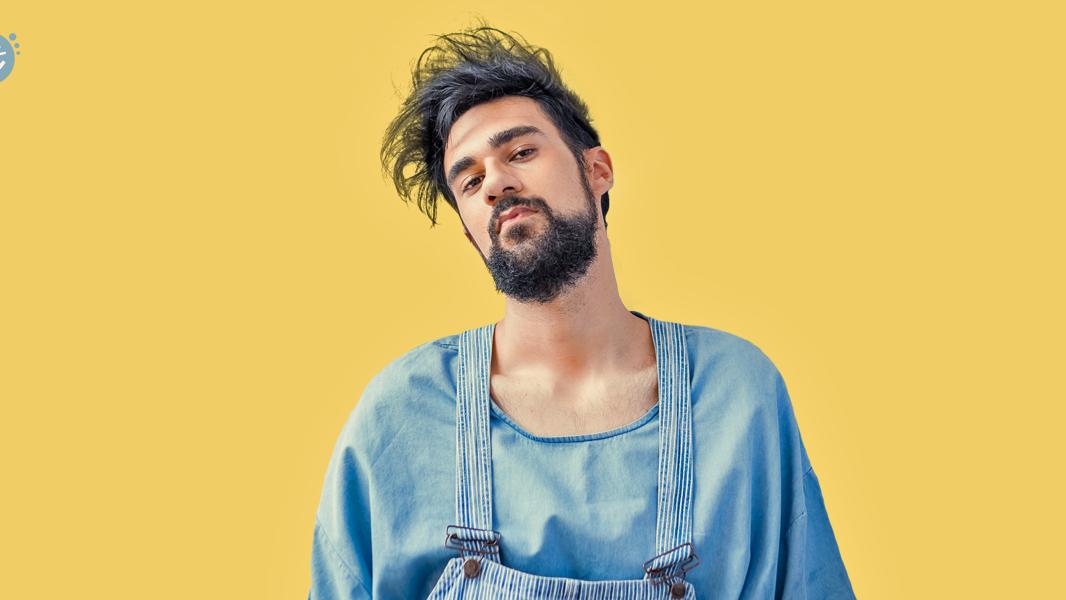 """Músico brasileiro é uma das nossas apostas para a cena nacional desse ano e, com exclusividade, estreia o seu novo single, """"Saudade""""."""