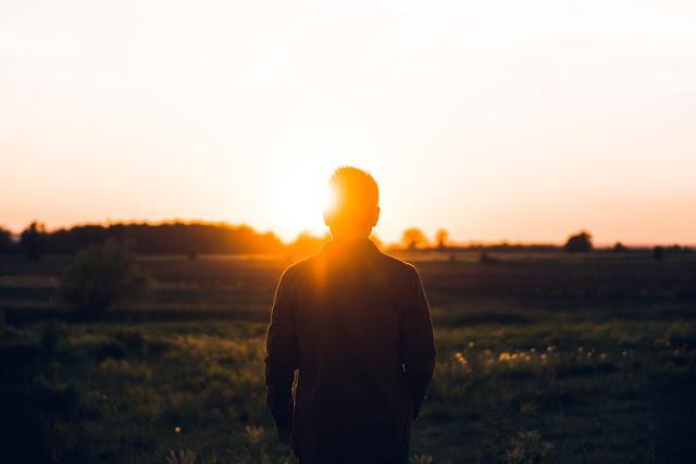 O que significa a graça de Deus e o conhecimento de Deus