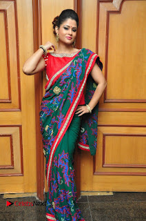 Shilpa Chakravarthy Pictures in Saree at Women Anthem Album Launch  0089.JPG