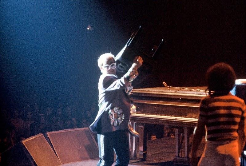 http://en.wikipedia.org/wiki/Elton_John