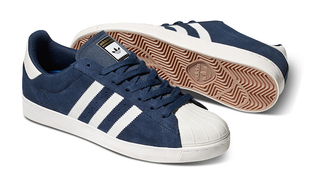 Superstar ADV da adidas Originals na cor azul